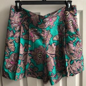 LOFT High waisted 5 inch floral shorts